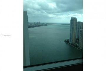 Home for Sale at 300 S Biscayne Blvd #3712, Miami FL 33131