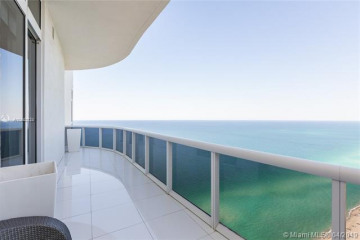 Home for Rent at 15811 Collins Avenue #4302, Sunny Isles Beach FL 33160