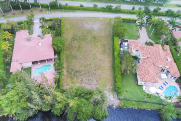 Home for Sale at 441 Ranch Rd, Weston FL 33326