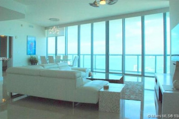 Home for Sale at 888 Biscayne Blvd #4709, Miami FL 33132