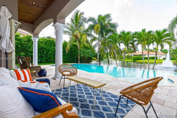 Home for Sale at 651 Sweet Bay Ave, Plantation FL 33324