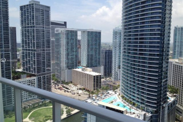 Home for Sale at 300 S Biscayne Blvd #T-3101, Miami FL 33131