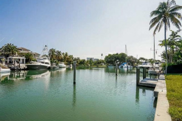 Home for Sale at 881 Harbor Dr, Key Biscayne FL 33149