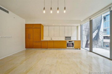 250 NW 24th St #2A