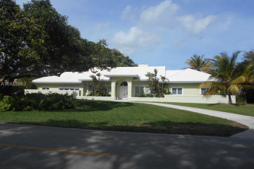 Home for Rent at 5801 SW 128th St, Pinecrest FL 33156