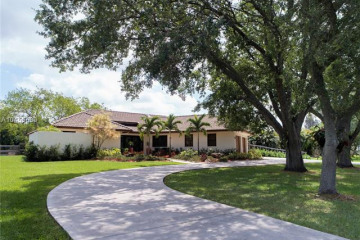 Home for Sale at 4980 SW 195th Ter, Southwest Ranches FL 33332