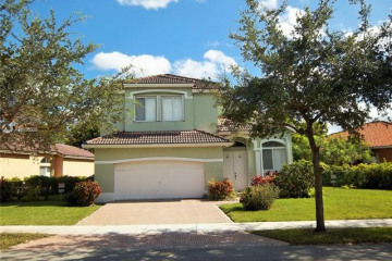Home for Sale at 1831 SE 14th Cir, Homestead FL 33035