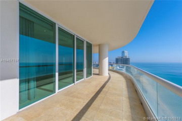 Home for Sale at 16051 Collins Ave #3304, Sunny Isles Beach FL 33160