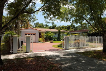 Home for Rent at 1401 Red Rd, Coral Gables FL 33144