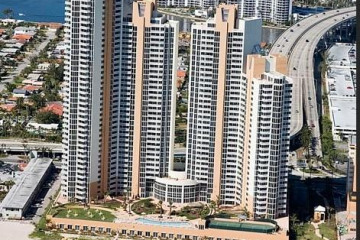 Home for Sale at 18911 Collins Ave #1005, Sunny Isles Beach FL 33160