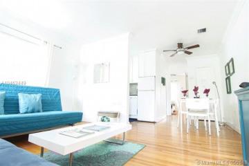 Home for Rent at 2953 SW 1 Av #2953, Miami FL 33129