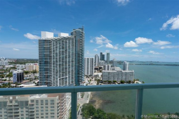 Home for Sale at 1900 N Bayshore Dr #2604, Miami FL 33132
