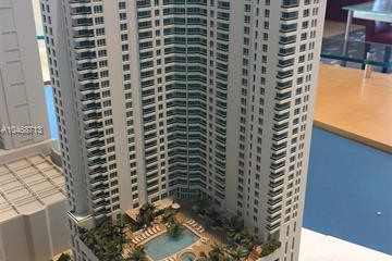 Home for Sale at 300 S Biscayne Blvd #2507, Miami FL 33131