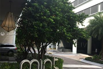 Home for Sale at 92 SW 3 St #1710, Miami FL 33130