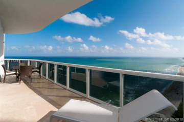 Home for Sale at 15811 Collins Ave #3902, Sunny Isles Beach FL 33160
