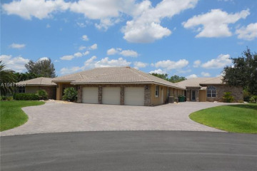 Home for Sale at 1461 NW 114th Ave, Plantation FL 33323