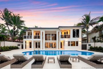 Home for Sale at 667 Ocean Blvd, Golden Beach FL 33160