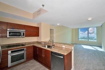 Home for Sale at 2641 N Flamingo Rd #2403N, Sunrise FL 33323