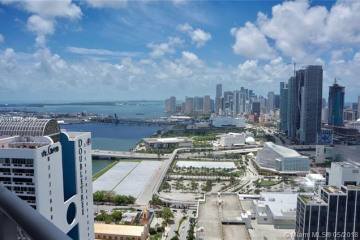 Home for Sale at 1750 N Bayshore Dr #4514, Miami FL 33132