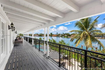 Home for Sale at 2569 Lake Av, Miami Beach FL 33140