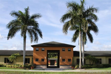 Home for Sale at 17450 SW 51st St, Southwest Ranches FL 33331