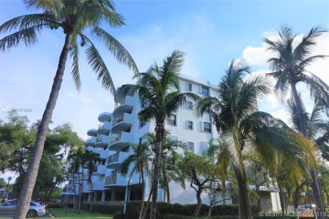 Home for Rent at 210 Seaview Dr #308, Key Biscayne FL 33149