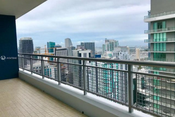 Home for Sale at 60 SW 13 Street #5010, Miami FL 33130