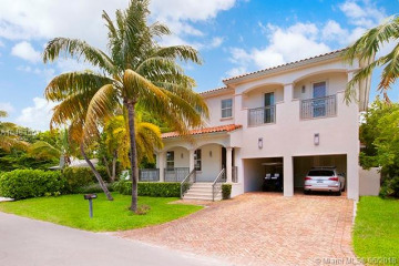 Home for Sale at 230 Hampton Ln, Key Biscayne FL 33149