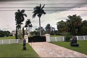 Home for Sale at 14201 Stirling Rd, Southwest Ranches FL 33330