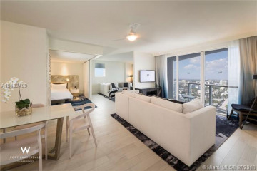 Home for Sale at 3101 Bayshore Dr #802, Fort Lauderdale FL 33304
