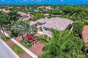 Home for Sale at 630 Sweet Bay Avenue, Plantation FL 33324
