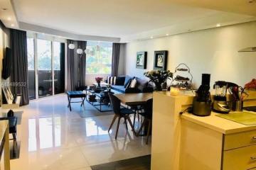 Home for Rent at 181 Crandon Blvd #207, Key Biscayne FL 33149