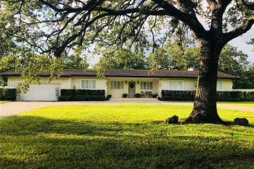 Home for Sale at 7495 SW 70th Ter, Miami FL 33143