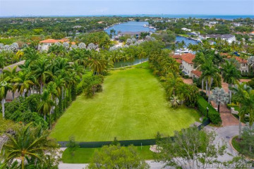 Home for Sale at 9175 Arvida Dr, Coral Gables FL 33156
