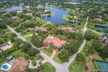 Home for Sale at 2825 Windmill Ranch Rd, Weston FL 33331
