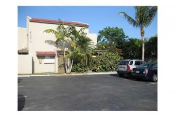 Home for Rent at 4704 SW 67 Av #N5, Miami FL 33155