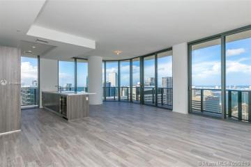 Home for Sale at 801 S Miami Ave #5105, Miami FL 33130