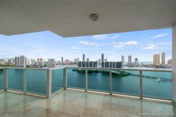 Home for Sale at 3201 NE 183 St #2201, Aventura FL 33160
