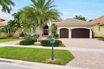 Home for Rent at 10889 Blue Palm St, Plantation FL 33324