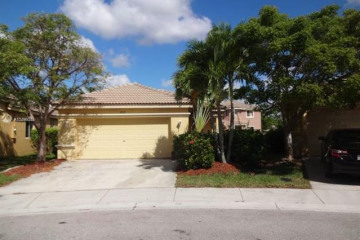 Home for Sale at 1019 Bamboo Ln, Weston FL 33327