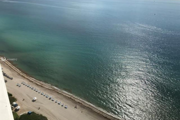 Home for Sale at 16901 Collins #3202, Sunny Isles Beach FL 33160