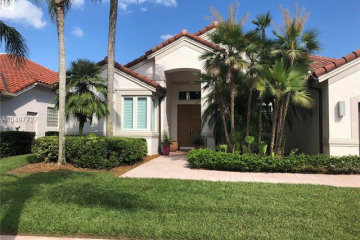 Home for Rent at 2670 Oakmont Dr, Weston FL 33332