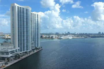Home for Sale at 325 S Biscayne Blvd #3523, Miami FL 33131