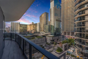 Home for Sale at 55 SW 9 St #1101, Miami FL 33130