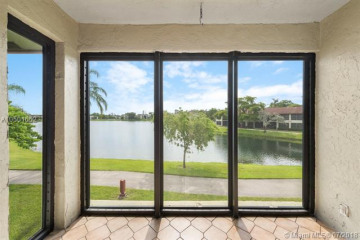 Home for Sale at 204 Lake Pointe Dr #203, Oakland Park FL 33309