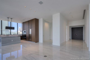 Home for Sale at 17141 Collins Avenue #3102, Sunny Isles Beach FL 33160