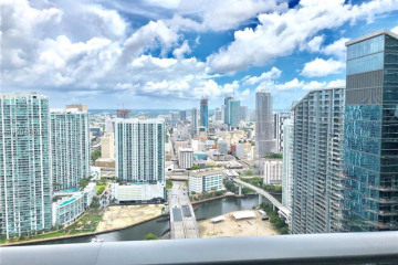 Home for Sale at 45 SW 9th St #PH 4609, Miami FL 33130