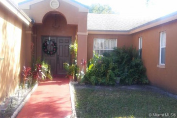 5216 NW 94th Ter
