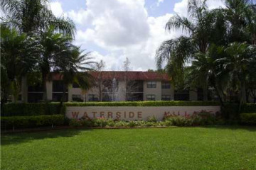 Home for Rent at 15714 E Waterside Cr #203, Sunrise FL 33326