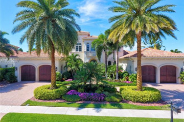 Home for Sale at 646 Hermitage Cir, Palm Beach Gardens FL 33410